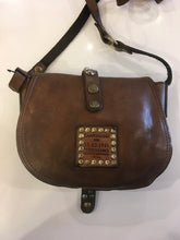 Load image into Gallery viewer, Campomaggi - Piccola Studded Crossbody