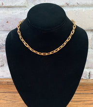 Load image into Gallery viewer, Chunky Chain Link Necklace