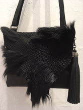 Load image into Gallery viewer, Evoke Women - Cara Leather & Fur Bag