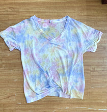 Load image into Gallery viewer, V-Neck Twister Tee