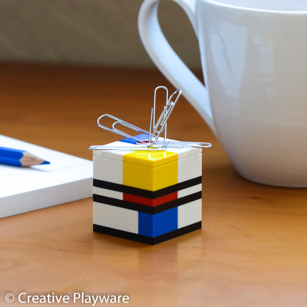 PIET magnetic paper clip holder made with LEGO® bricks.