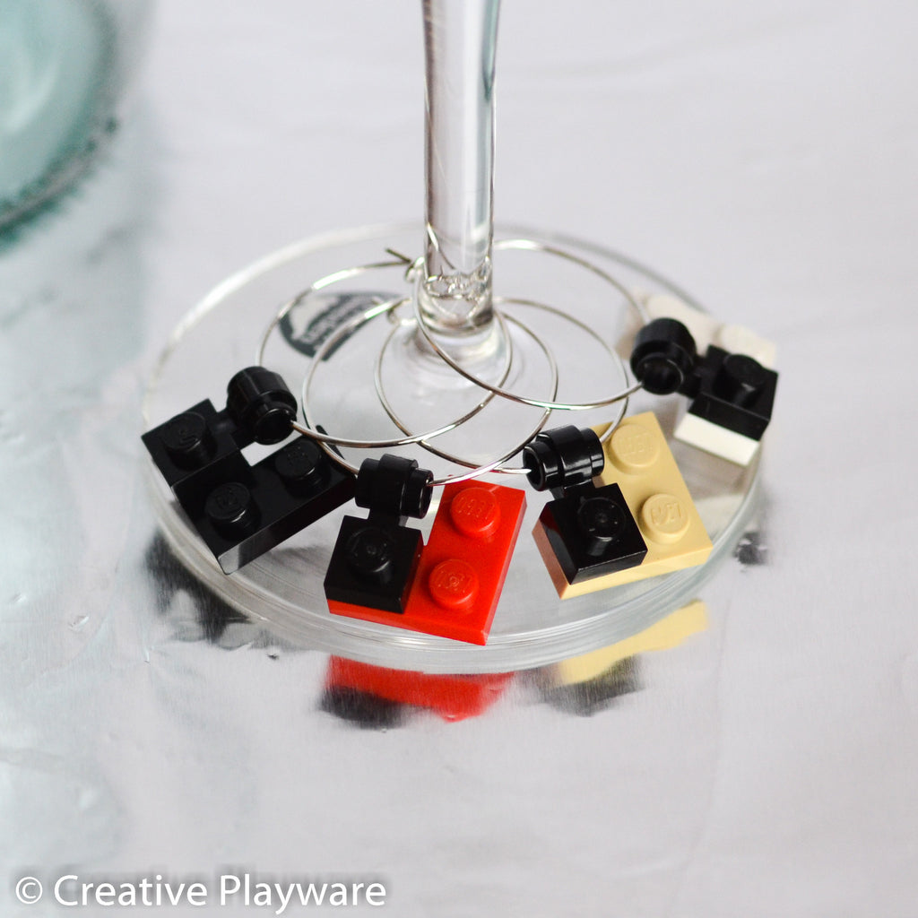 TRENCH COAT wine charms