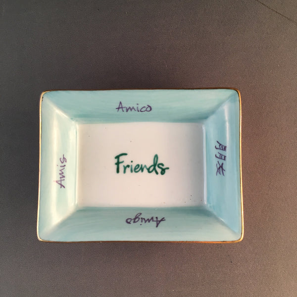 2X3 FRIENDS (IN 5 LANGUAGES) TRAY