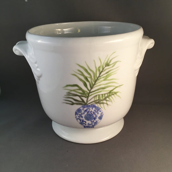 6418- cache pot chinese vase with palm frond