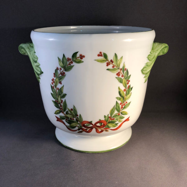 6418 cache pot  Laurel leaves