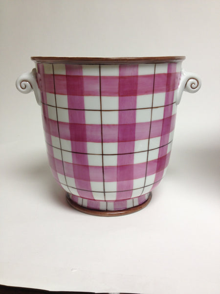 cache pot-plaid
