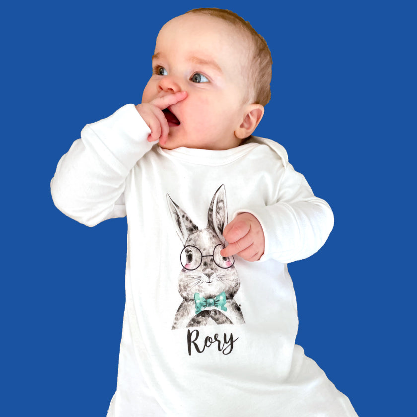 Personalised organic babywear from Ruby and the Rainbow, inlcuding personalised organic babygrows, personalised organic baby vests, personalised organic baby t-shirts. Our range includes personalised baby boy and personalised baby girl clothing