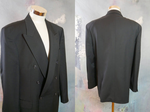 Navy Blue Wool Double-Breasted Blazer, 1990s European Vintage Peak Lapel Jacket: Size 44 US/UK - DownShifting Vintage Menswear