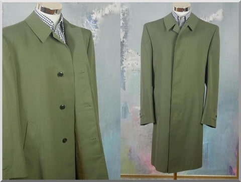 Army Green Overcoat, Italian Vintage Waterproof Mac w Raincoat: Size 44 US/UK - DownShifting Vintage Menswear