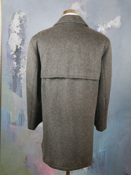 1980s Overcoat, Brown Mohair Wool Blend Men's Retro Winter Coat, Made in West Germany: Size 44 US/UK - DownShifting Vintage Menswear