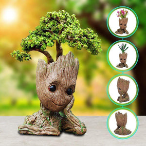 Trendy Holo Gadgets Relaxed Groot Groot Man Planter Pot