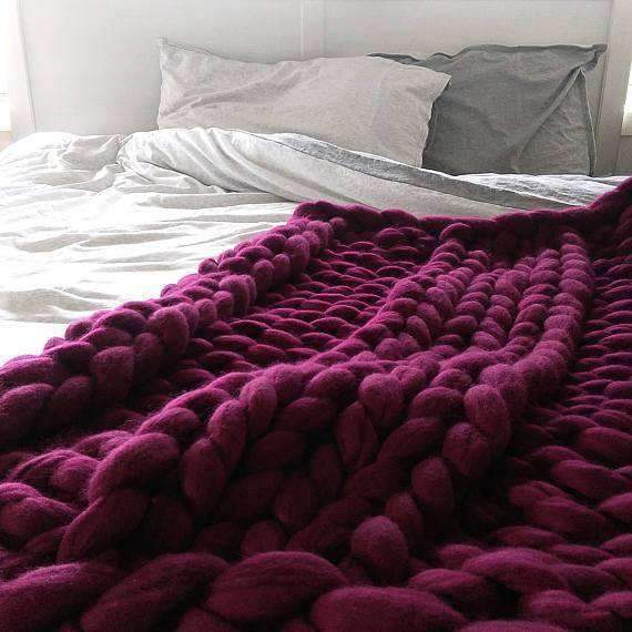 trendyholo.com BEST SELLER BURGUNDY / 79x79 INCHES 70% OFF-SAVE $455 (HIGHEST VALUE) Handmade Chunky Knit Blanket