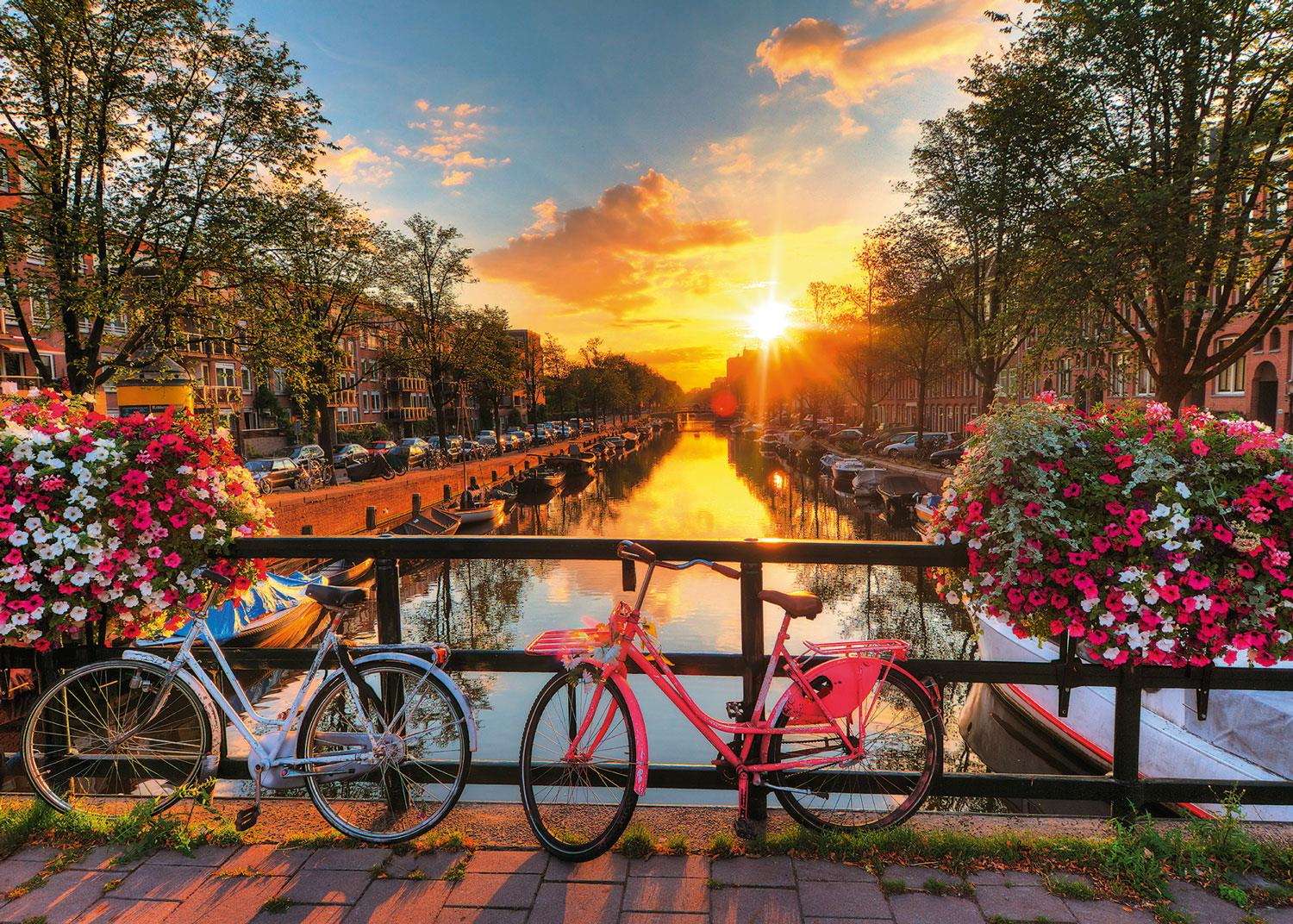 Ravensburger Bicycles in Amsterdam Jigsaw Puzzle (1000 Pieces)