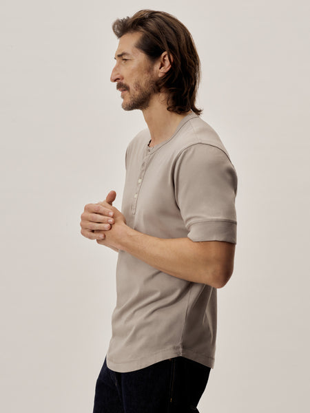 Cloud Grey Venice Wash Pima Short Sleeve Curved Hem Henley