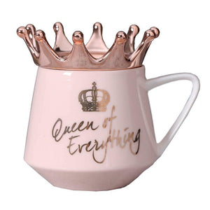 """Queen of Everything"" Tasse Rosa mit Krone"