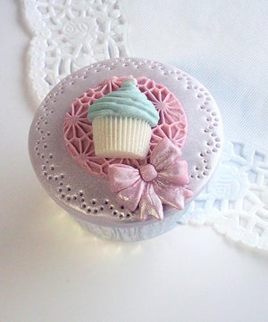 Bow Trio Mould By Katy Sue - SimplyCakeCraft