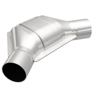 MagnaFlow Conv Universal 2.25 Angled In/Out Front CA