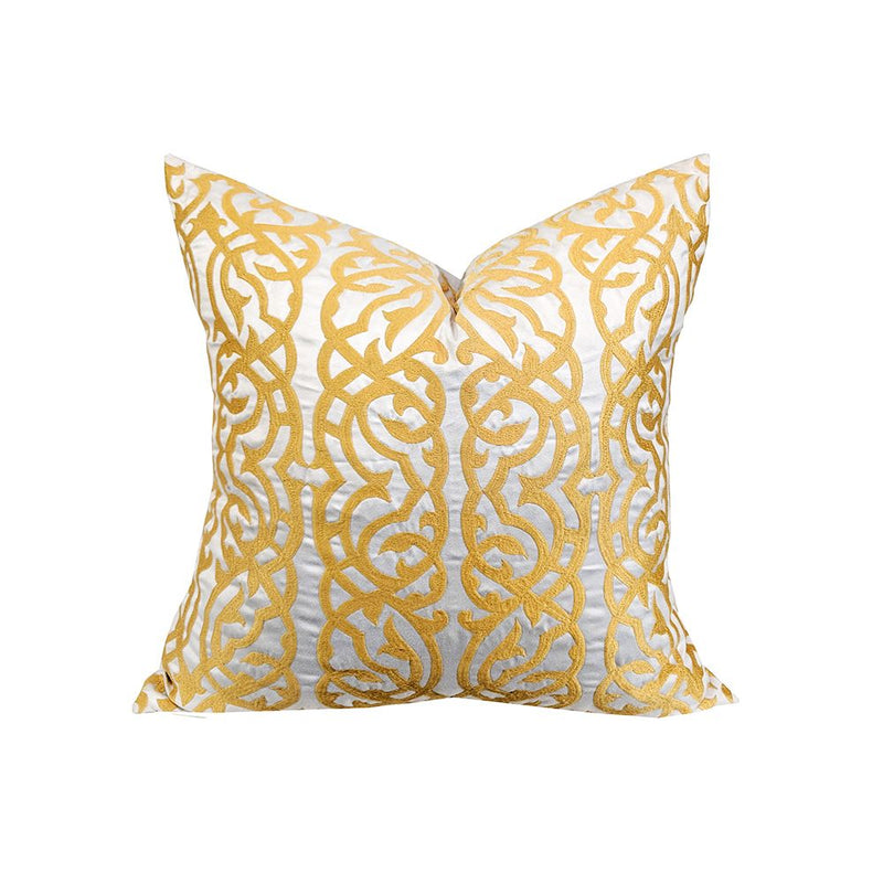 CUSHION WHITE GOLD