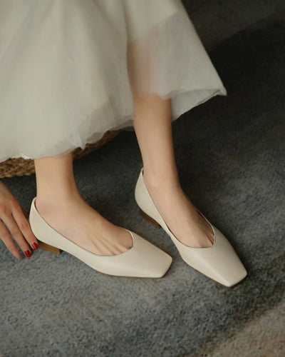Square-toe Solid Color PU Leather Slip-on