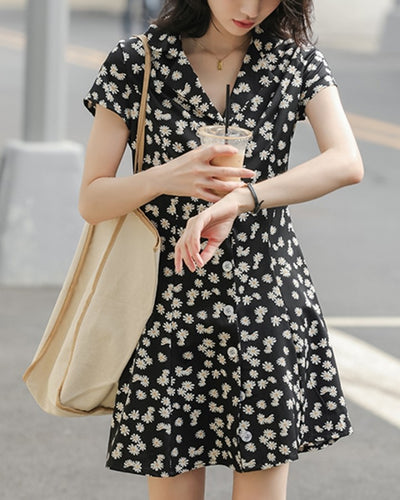 Daisy Print Short Sleeve Vintage Mini Dress