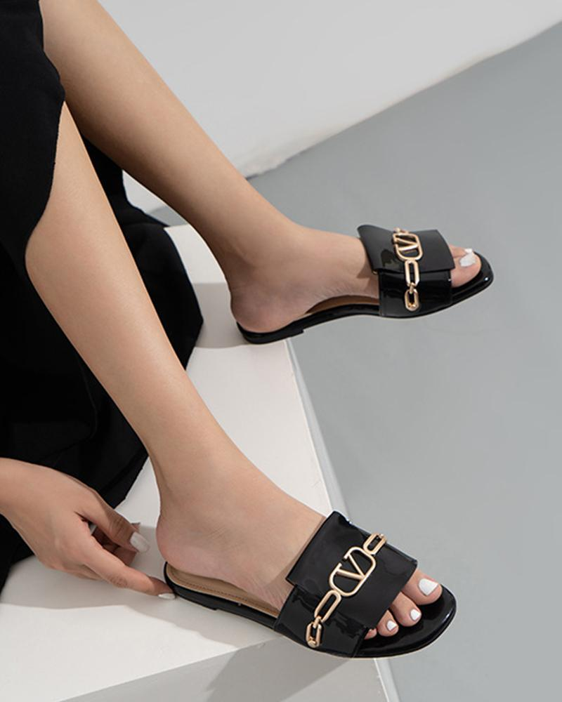 Solid Color Square-toe One Word Chain Flat Slippers