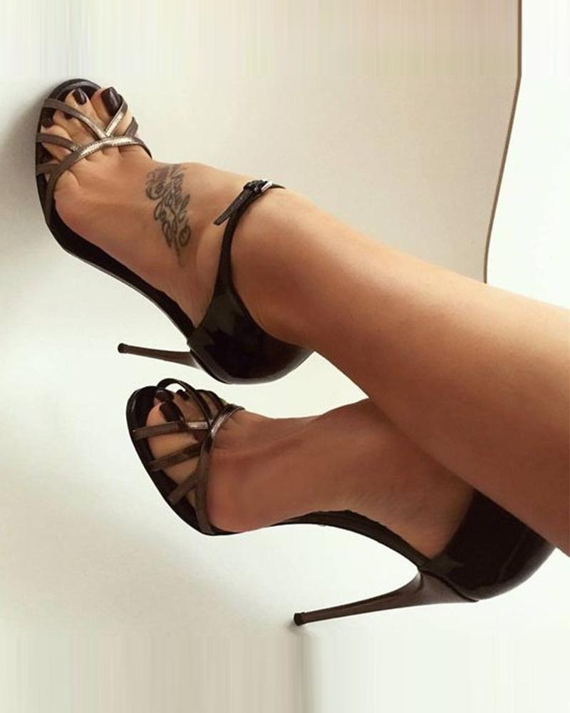 Solid Round Toes Heeled Sandals