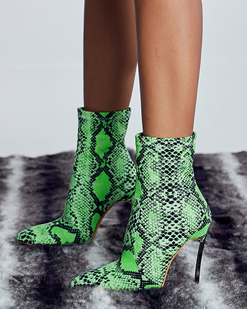 Pointed-toe Snakeskin Pattern High Heel Boots