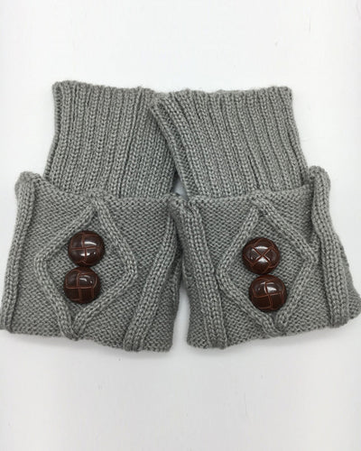 Solid Button-side Cable-knit Socks