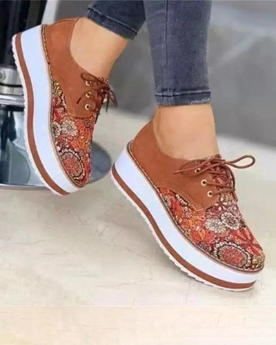 Floral Patchwrok Round-toe Wedge Shoes