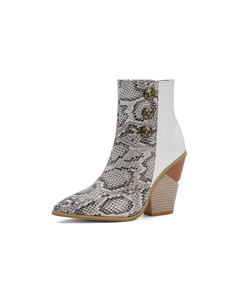 Pointed-toe Crocodile Print Chelsea Boots