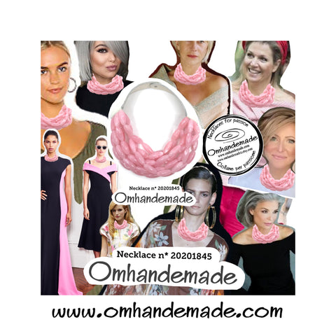 https://www.omhandemade.com/collections/shop/products/collana-bavaglino-rosa