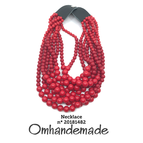 https://www.omhandemade.com/collections/shop/products/20181482-collana-media-rossa-8-fili-resina
