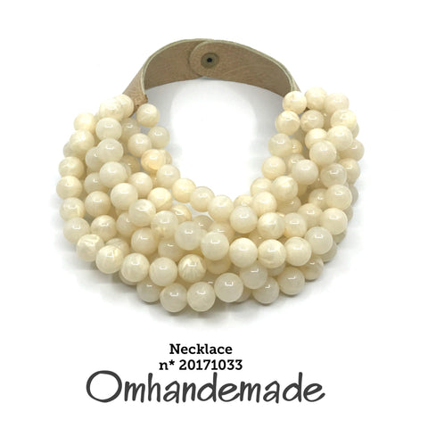 https://www.omhandemade.com/collections/shop/products/20171033-collana-girocollo-panna