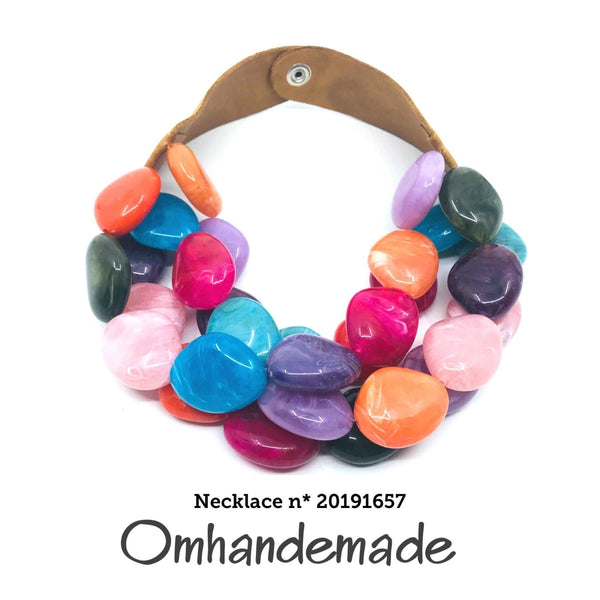 20191657 Collana girocollo multicolor multi filo stratificata in resina - Omhandemade