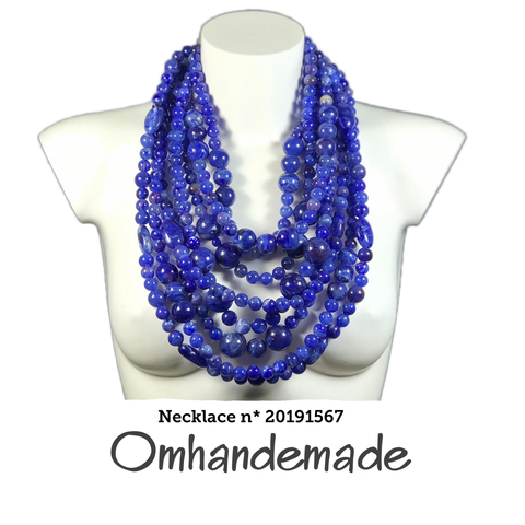 20191567 Collana media blu lapis stratificata rilievo in resina - Omhandemade