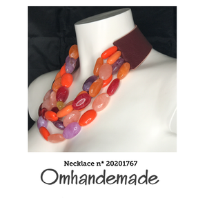 20201767 Collana girocollo multicolor multi filo stratificata in resina - Omhandemade