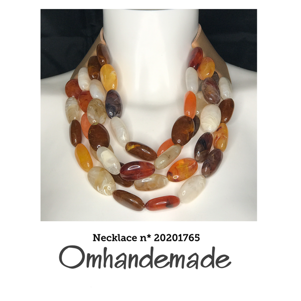20201765 Collana girocollo multicolor multi filo stratificata in resina - Omhandemade