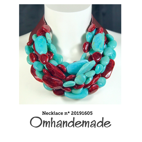 20191605 Collana girocollo turchese e bordeaux stratificata in resina - Omhandemade