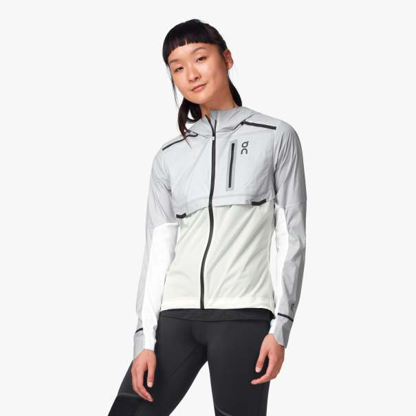 Women's On Weather Jacket in Grey/White