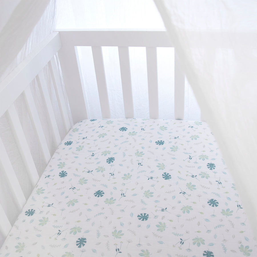 Organic Muslin 2pk Crib Fitted Sheet - Banana Leaf