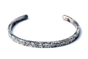HAMMERED FIRE CUFF