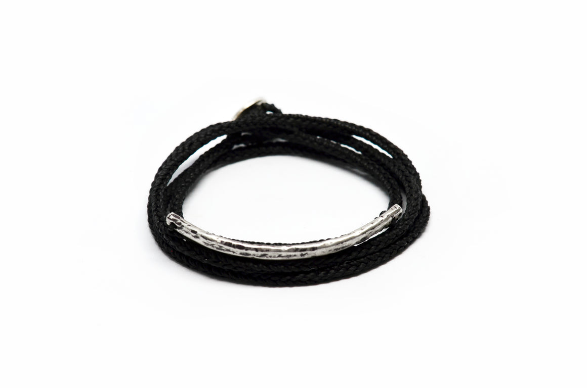 BAR WAXED THREAD BRACELET