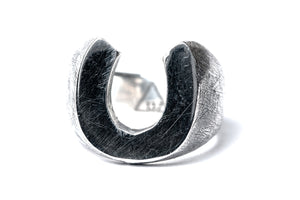 RAW HORSESHOE RING