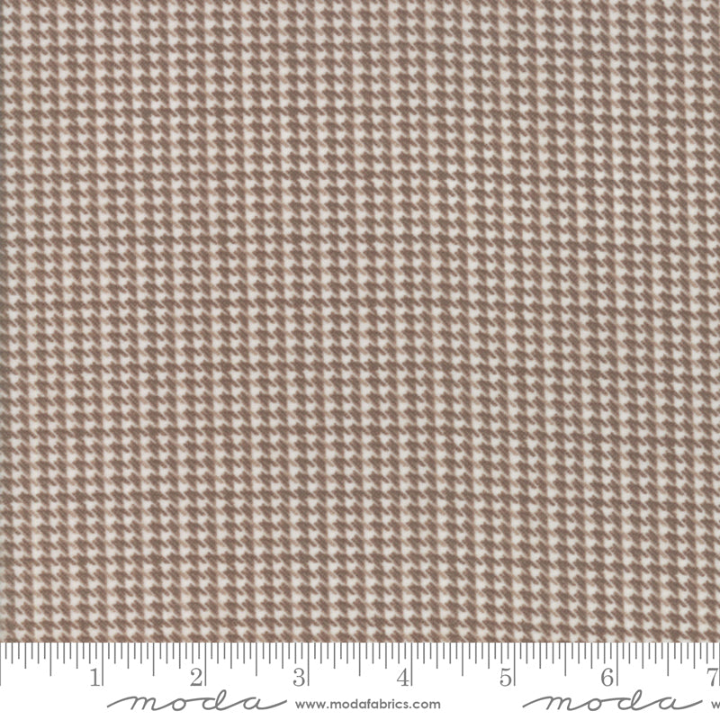 Farmhouse Flannels II Houndstooth Toast 49106 15F