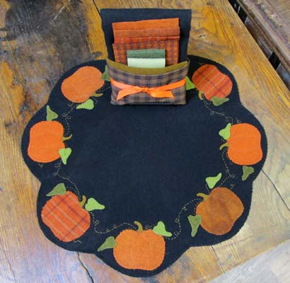 Wool Pumpkins Table Mat Kit