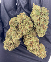 Load image into Gallery viewer, Sour Suver Haze CBD Hemp Flower