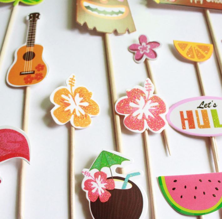 Hawaiian Cupcake Toppers (Pack of 18)
