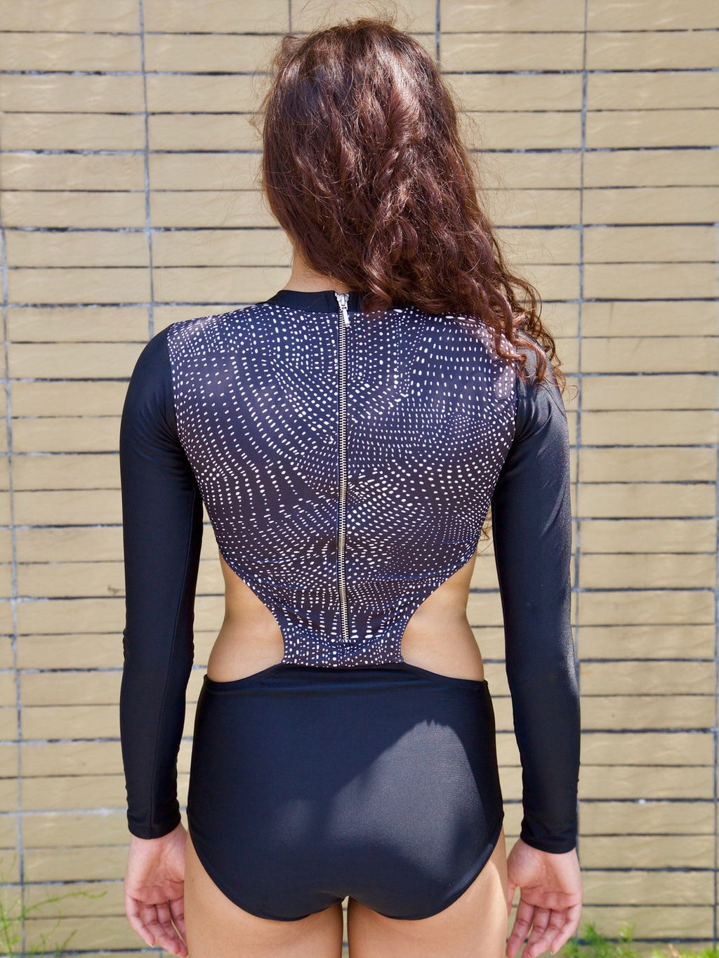 B/W Spotted Rashguard (S ONLY)