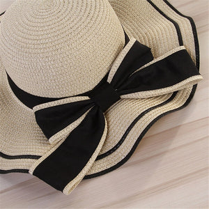 Wavy Brim Contrast Bow Knot Hat