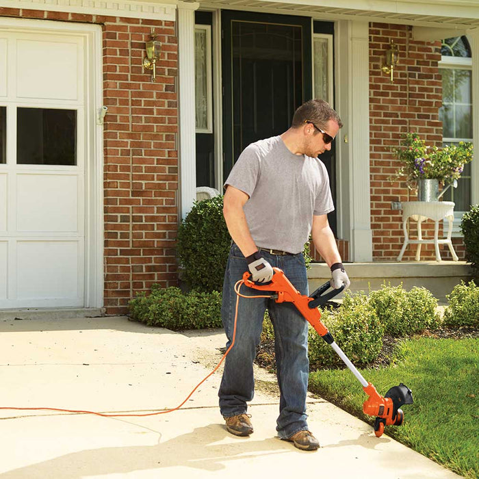 "Black and Decker GH900 14"" 6.5-Amp Corded Electric String Trimmer / Edger"